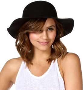 floppy black hat from windsor store