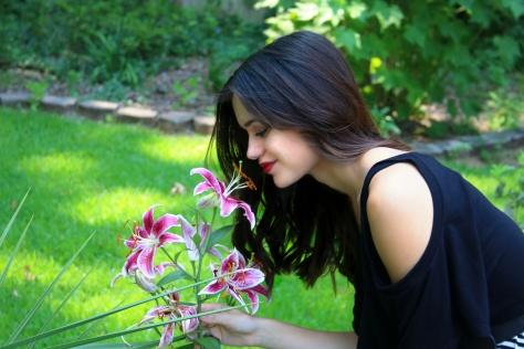 smelling flower ootd styledbysteph96