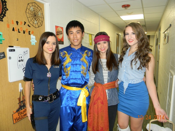 Class Act: Danielle's Cute Dorothy Costume